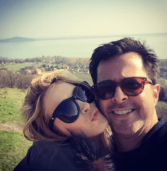 Jennifer Finnigan And Husband