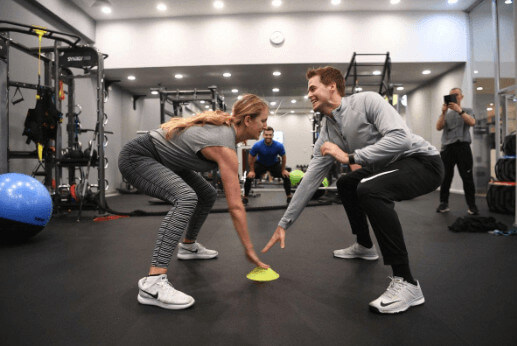 Billy McKeague playing a reaction game with his then-girlfriend Victoria Azarenka in Minsk