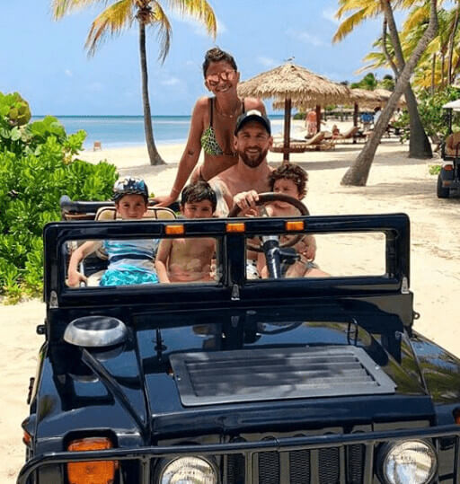 Thiago Messi Roccuzzo Vacation With Family