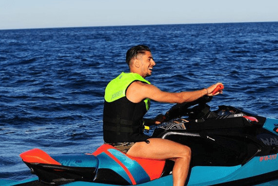Ayoze Perez Having Amazing Time In A Jet Ski