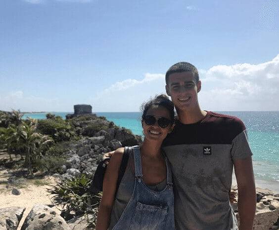 Kepa Arrizabalaga With Girlfriend On A Vacation