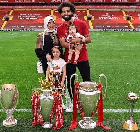 Salah Ghaly's son, Mohamed Salah, with his wife and daughters.