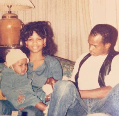 Throwback picture posted by Damon Wayans with his ex-wife and first son.