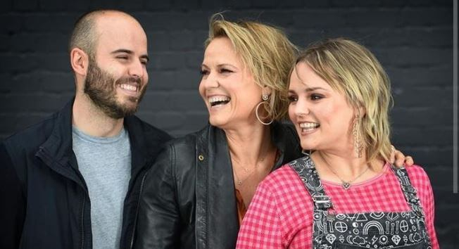 Jesse with mother, Shaynna Blaze, and sister, Carly Anne Kenneally.