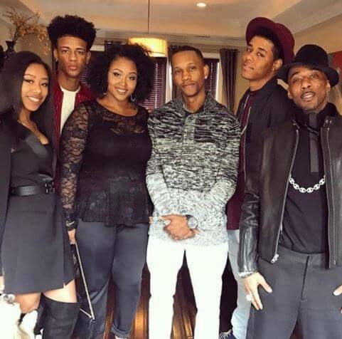 Mariah Tresvant with her siblings and father, Ralph Tresvant.