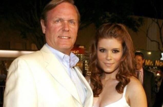 Timothy Christopher Mara with his daughter, Kate Mara.