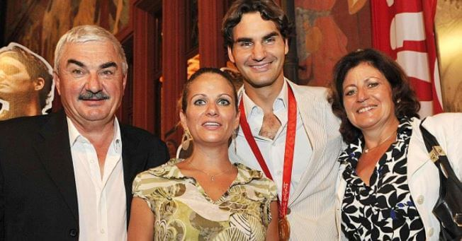Robert Federer with his family.