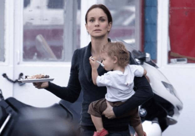 Oakes Wayne's sister and mother, Sarah Wayne Callies.