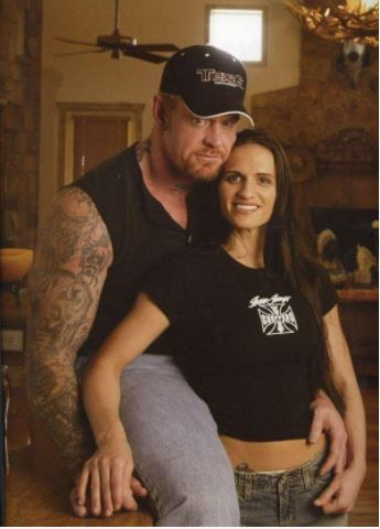 Sara Calaway with her ex-husband, The Undertaker.