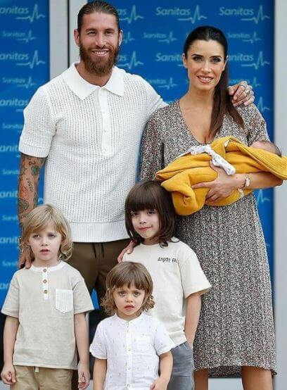 Jose Maria Ramos son Sergio Ramos with his family.