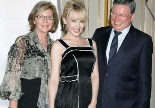 Ronald Charles Minogue with his wife Carol and daughter Kylie