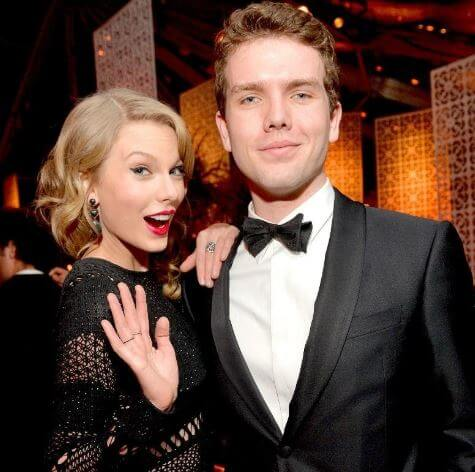 Andrea Swift's daughter Taylor and a son Austin