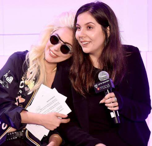 Natali Germanotta with her sister