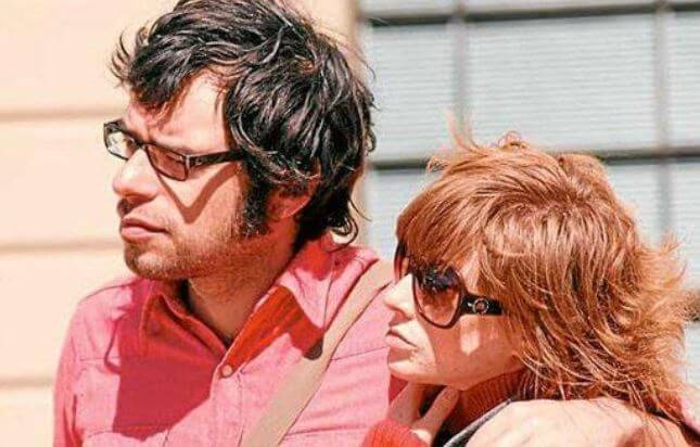 Miranda Manasiadis with her husband, Jemaine Clement.