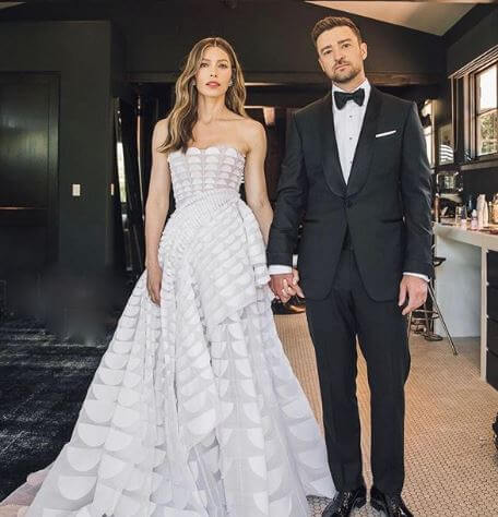 Randy Timberlake's son, Justin Timberlake with his wife, Jessica.