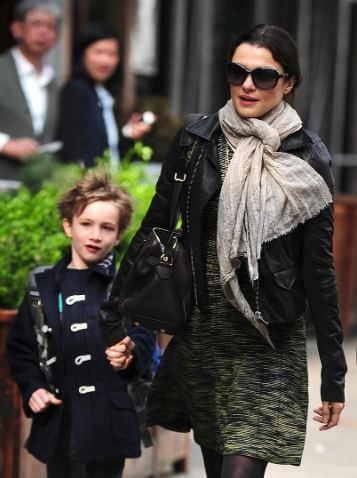 Rachel Weisz with her son Henry Chance Aronofsky.