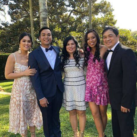 Lizette Cabrera with her parents and brother, Carl and sister, Izabo.