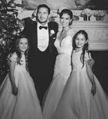 Luna Lampard and her sister at their father's wedding.