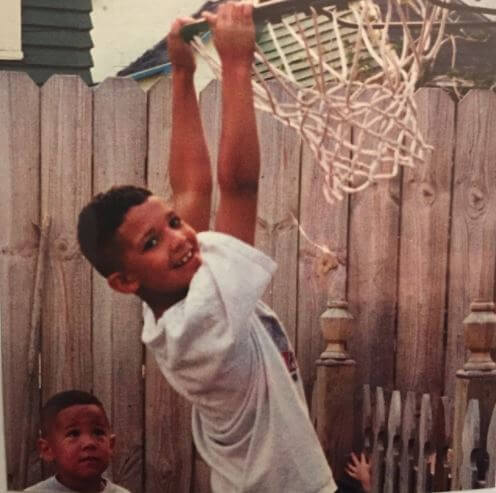 Childhood picture of Davon Wade with his brother, Devin Booker.