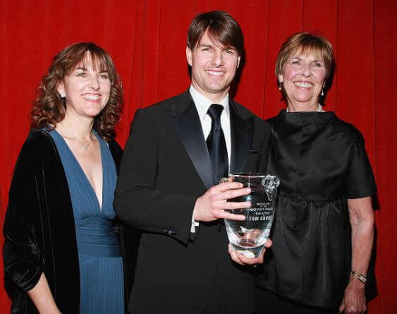 Mary Lee Pfeiffer with her son, Tom Cruise, and daughter, Lee Ann Mapother.