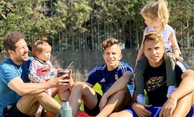 Carla Pereyra husband Diego Simeone sons Giuliano Simeone and Gianluca Simeone & daughters Francesca and Valentina.