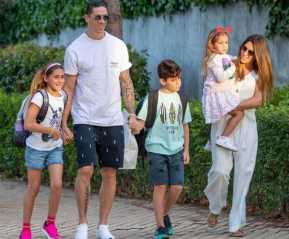 Olalla Dominguez Liste with her husband Fernando Torres and children.
