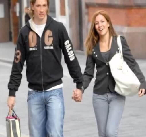 Olalla Dominguez Liste and Fernando Torres at their early period of dating.