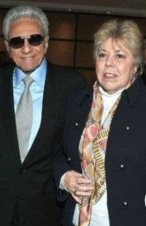 William Mebarak Chadid with his wife Nidia Ripoll in an event.