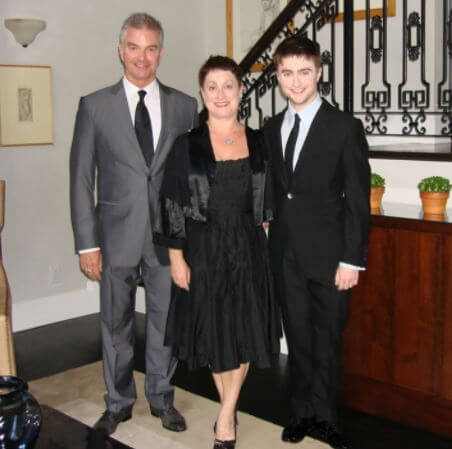 Alan Radcliffe with his son Daniel Radcliffe and wife Marcia Gresham.