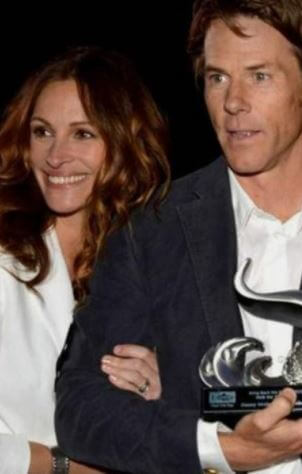 Phinnaeus Moder parents Julia Roberts and Daniel Moder.